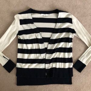 Navy/white Nordstrom rack hi/lo sweater